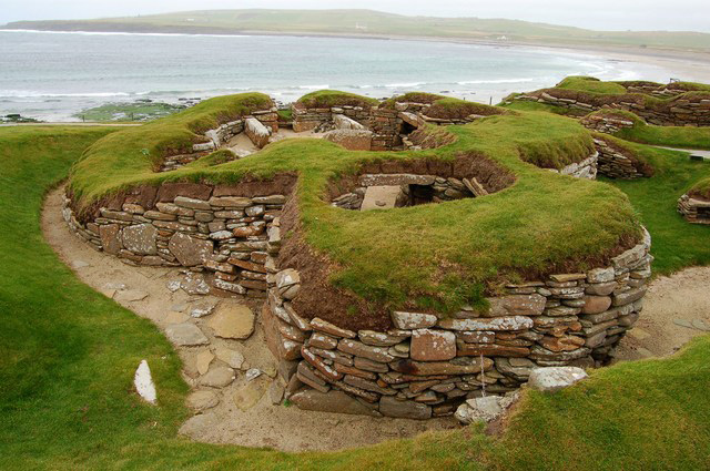 Skara Brae image by John Allan, via Wikimedia Commons